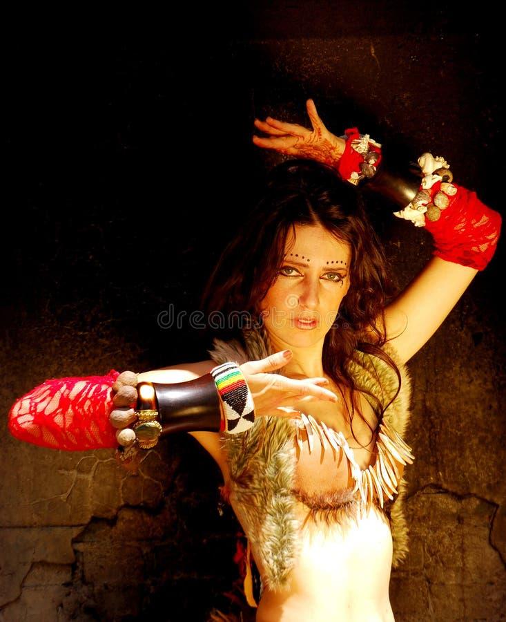 De buikdanser van de zigeuner stock foto