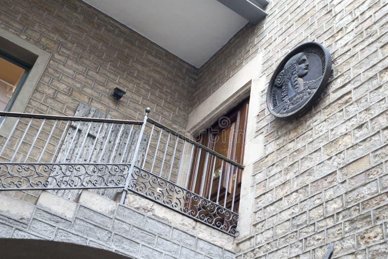 De Buitenkant van Barcelona - Deur stock fotografie