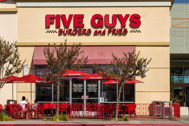 De Buitenkant van het vijf Kerelsrestaurant royalty-vrije stock afbeelding