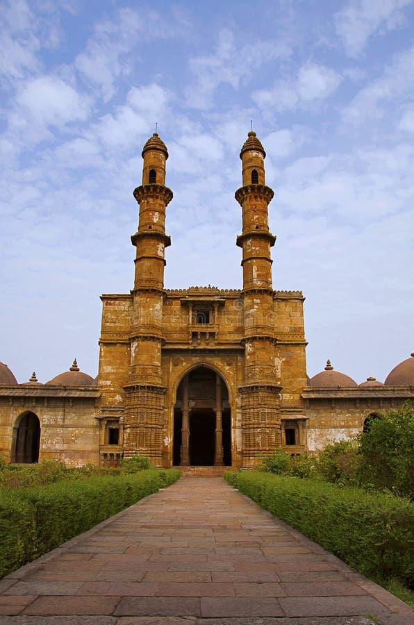 De buitenmening van Jami Masjid Mosque, Unesco beschermde het Archeologische Park van Champaner - van Pavagadh, Gujarat, India Da royalty-vrije stock foto's