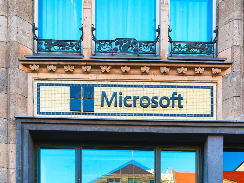 De bureaubouw hoofdkwartier van Microsoft-bedrijf in Berlijn royalty-vrije stock afbeelding