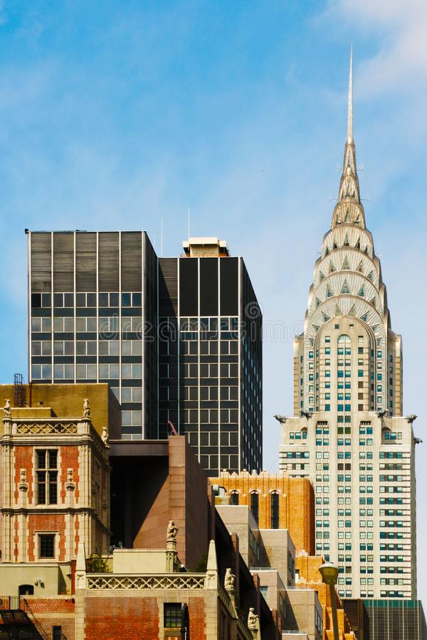 De bureaubouw hoogste meningsachtergrond met mooie hemel De gebouwen van Manhattan van de Stadscentrum van New York - Wall Street royalty-vrije stock foto's