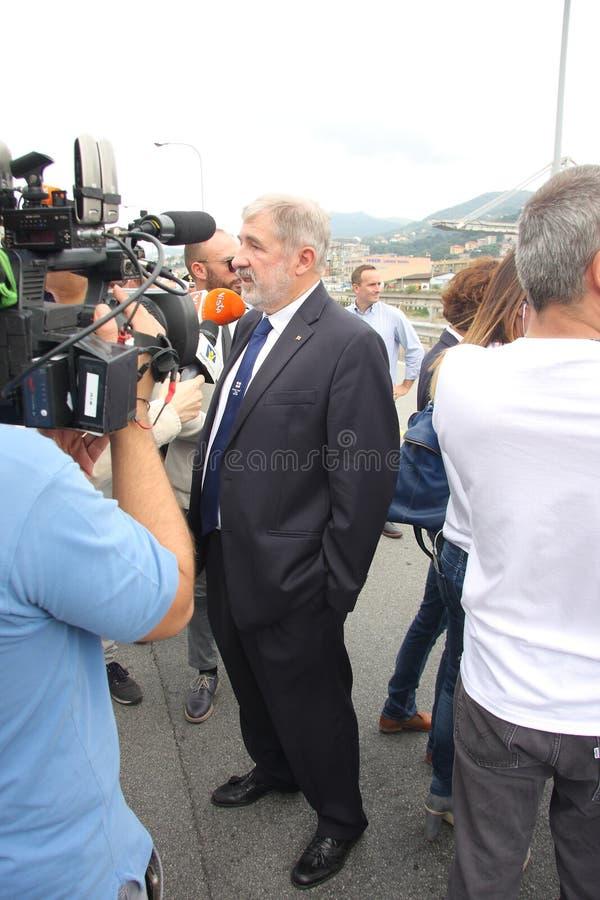 De burgemeester van Genua, Marco Bucci, bij de herdenking van de slachtoffers van de tragedie van de Morandi-brug stock foto's