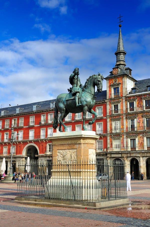 Standbeeld op Burgemeester van het Plein, Madrid, Spanje stock foto