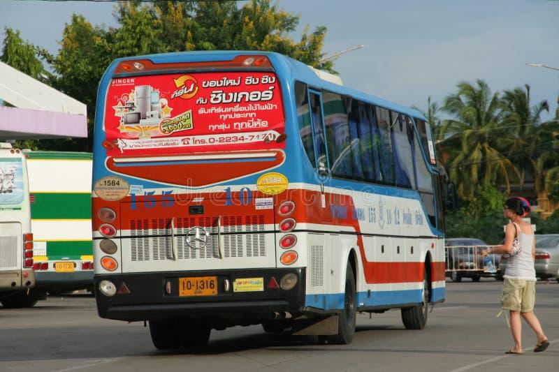 Download De Bus Van Het Vintourbedrijf Route Phitsanulok En Chiangmai Redactionele Stock Afbeelding - Afbeelding bestaande uit service, voertuig: 114227139