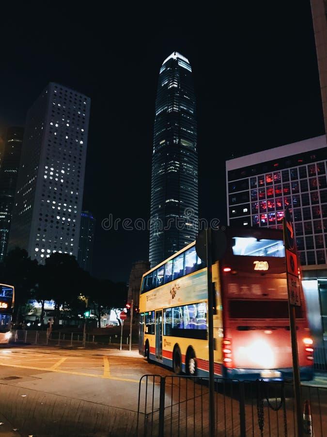 De bus van Hong Kong, nacht stock foto