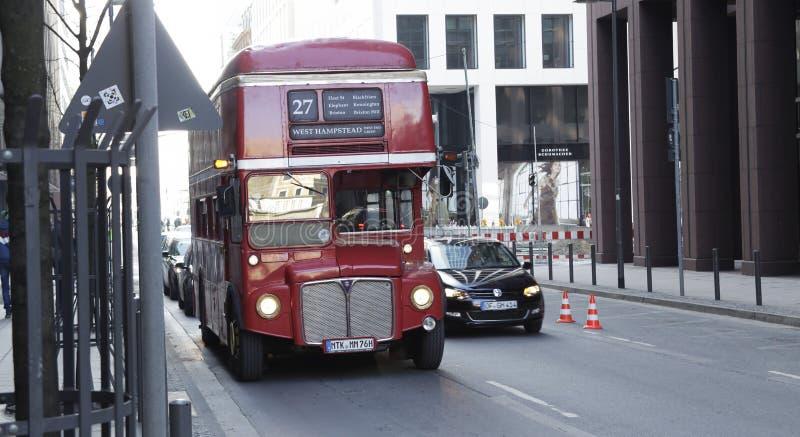 De Bus van Londen in de stad van Frankfurt-am-Main, Duitsland stock fotografie