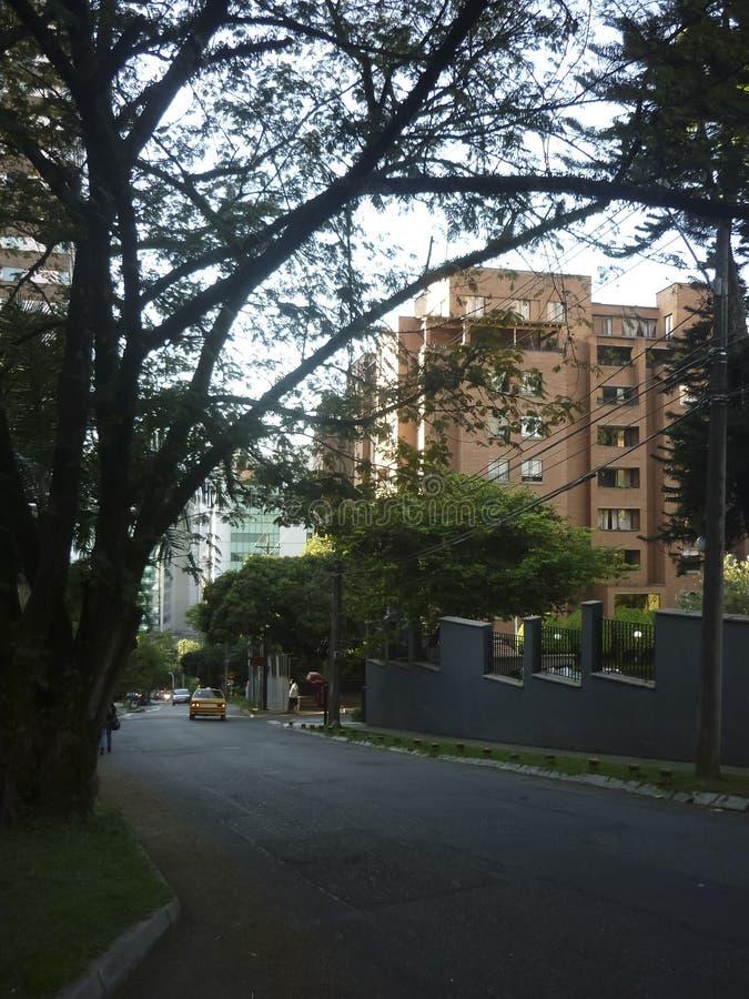 Download De buurt van Gr Poblado stock foto. Afbeelding bestaande uit straat - 54089320