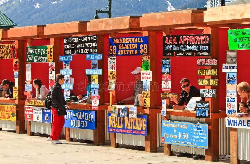De Cabines van de Verkoper van de Reis van de Cruise Alaska - Juneau stock foto's