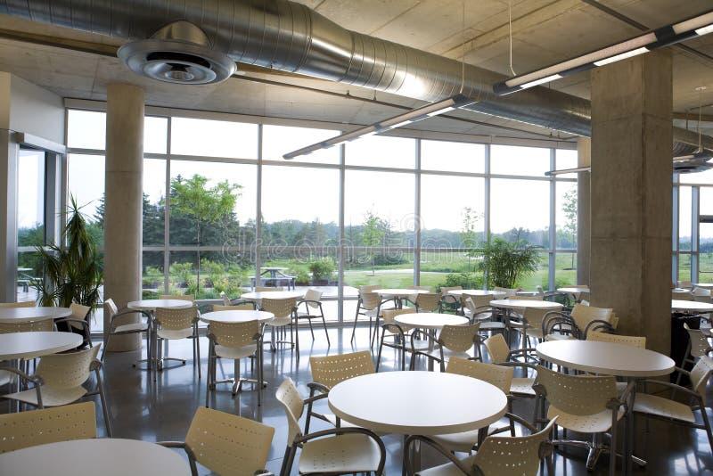 De cafetariamening van het bureau in de moderne bouw. stock afbeeldingen