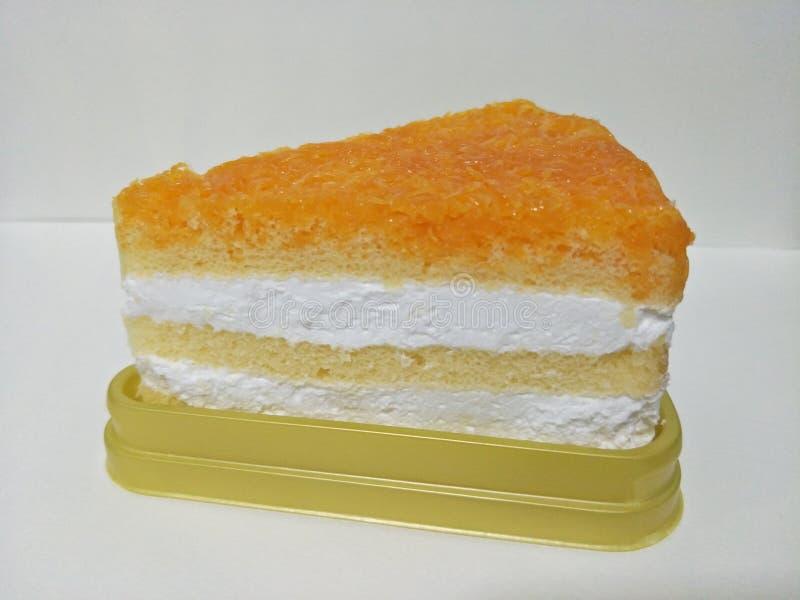 De cake is een soort voedsel dat Snoepje heeft en het bakproces overgegaan dat van tarwemeel wordt gemaakt royalty-vrije stock afbeeldingen