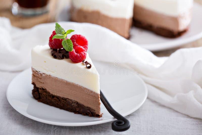 De cake van de drie chocolademousse royalty-vrije stock foto