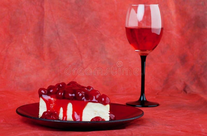 De cake van de kers stock afbeeldingen