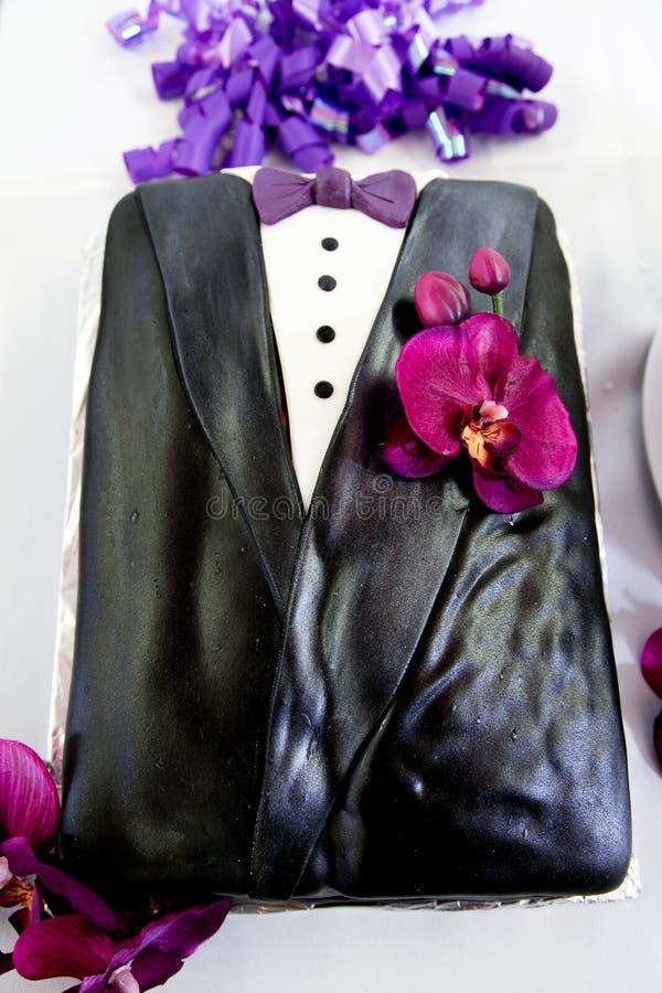 De Cake van de Smoking van de bruidegom stock afbeelding