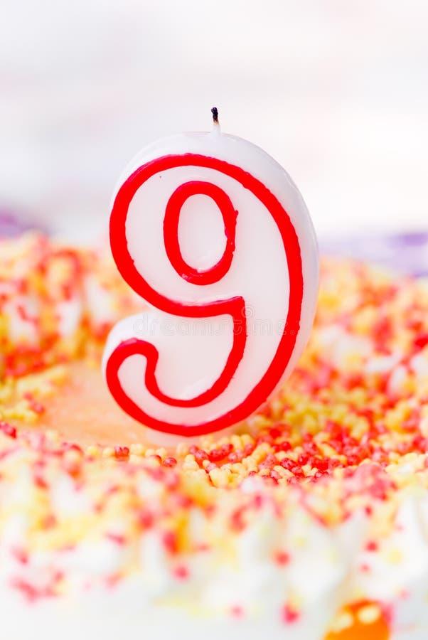 Super De Cake Van De Verjaardag 9 Jaar Stockfoto's en afbeeldingen YG-12