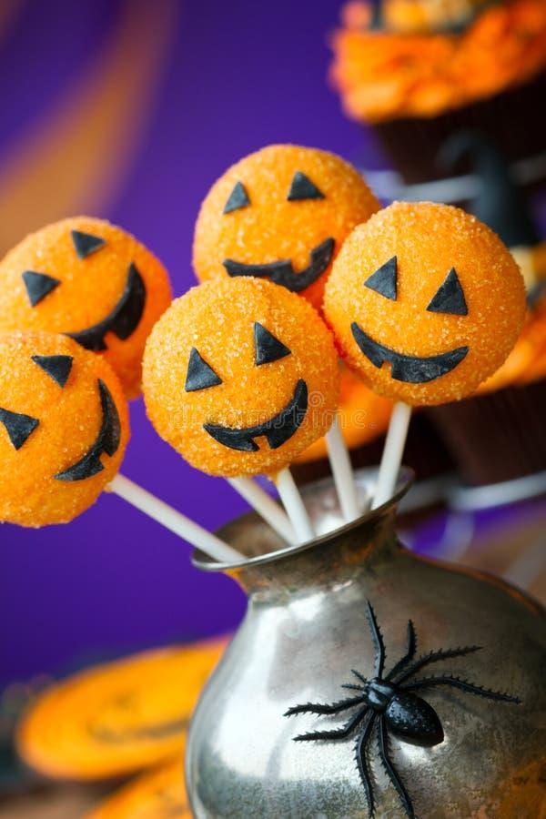 De cake van Halloween knalt royalty-vrije stock foto's