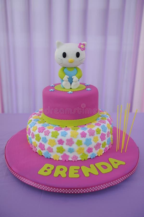 De cake van het babymeisje voor Verjaardag royalty-vrije stock afbeelding