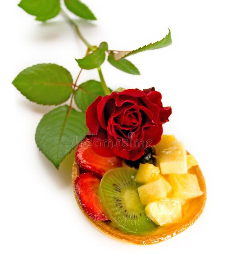 De cake van het fruit met roze _2 royalty-vrije stock foto