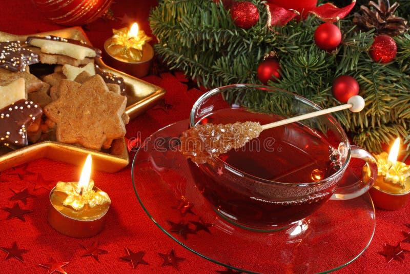 De cakes en de thee van Kerstmis royalty-vrije stock foto