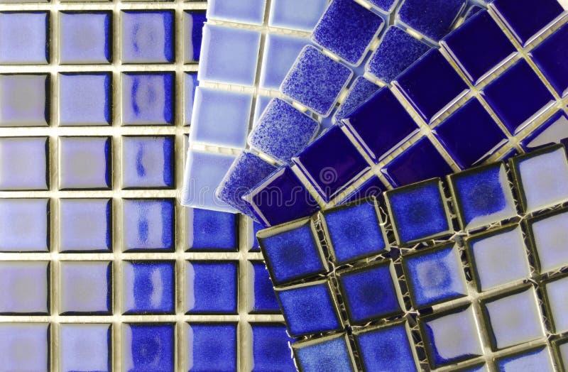 De ceramische blauwe tegels van het mozaïek royalty-vrije stock foto's