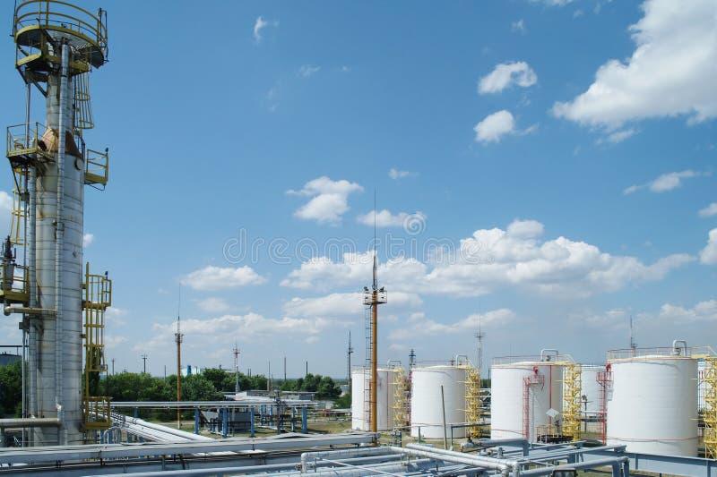De chemische bouw van de productieinstallatie stock foto's