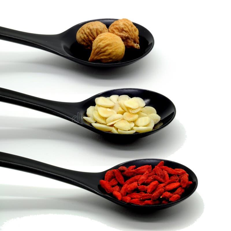 De Chinese alternatieve geneeskunde van Kruiden stock afbeelding