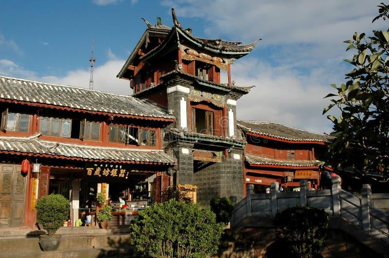 De Chinese bouw in lijiang stock foto
