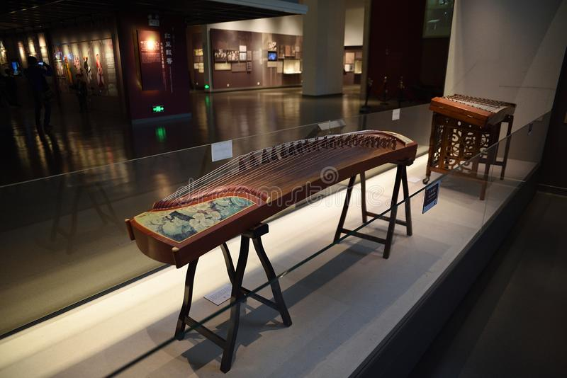 De Chinese klassieke instrumenten zijn op vertoning stock foto