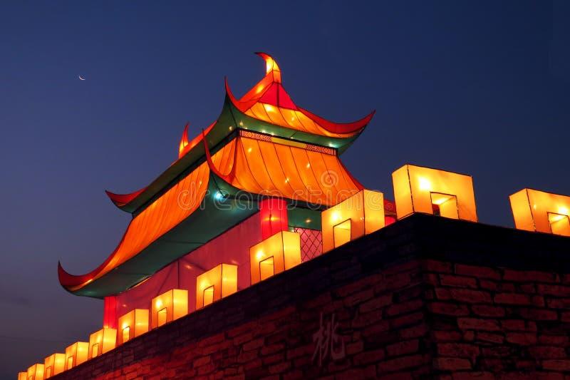 De Chinese mening van de kasteelnacht stock foto's