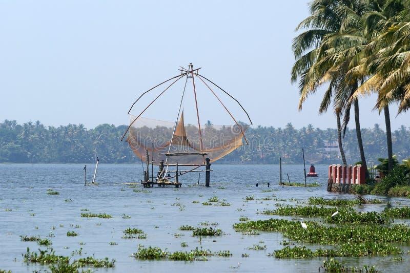 De Chinese Netten van de Visserij Vembanadmeer, Kerala, Zuid-India royalty-vrije stock foto