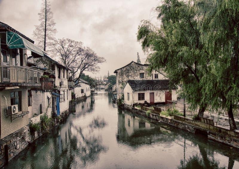 De Chinese oude gezellig ouderwetse bouw van Shanghai stock foto