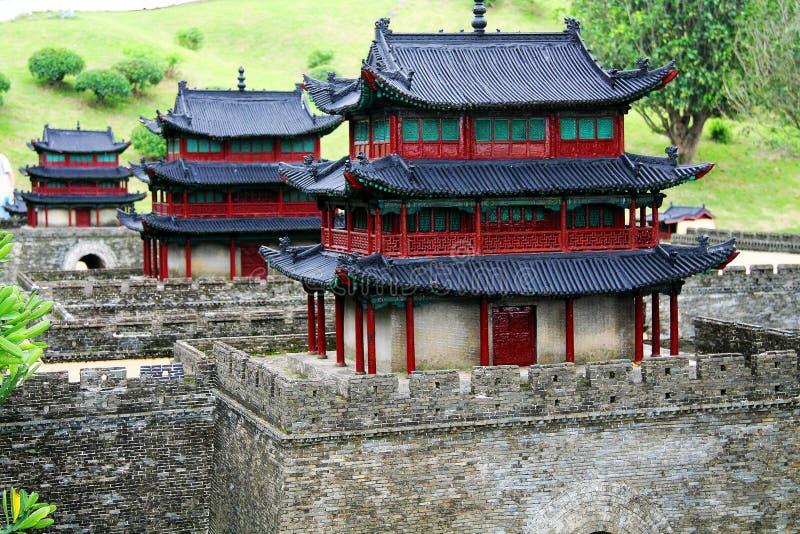 De Chinese Oude Stadsmuur in het Schitterende Chinese park van het cultuurthema stock fotografie