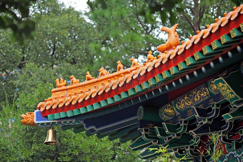 De Chinese tegel van het tempeldak royalty-vrije stock fotografie