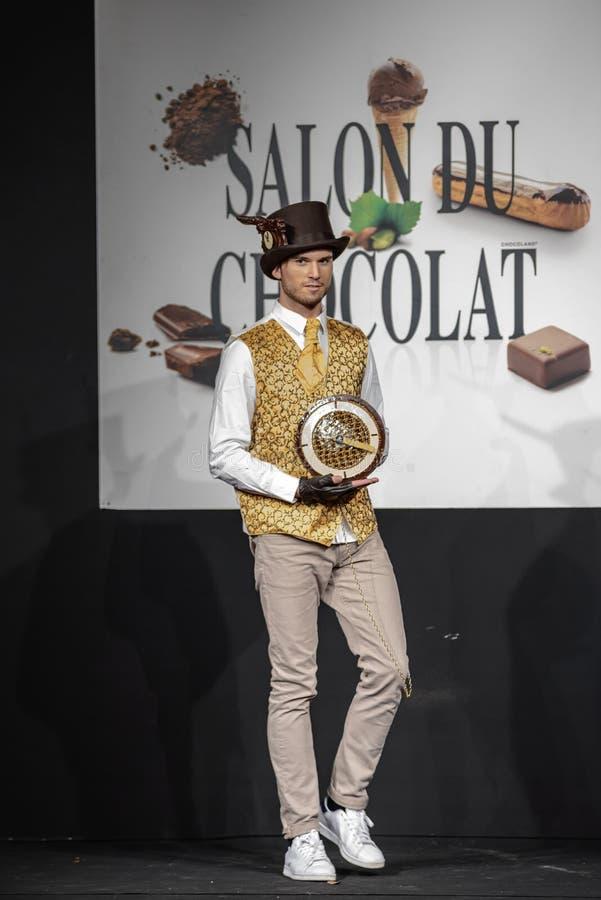 De chocolade toont Salon du chocolat stock afbeelding