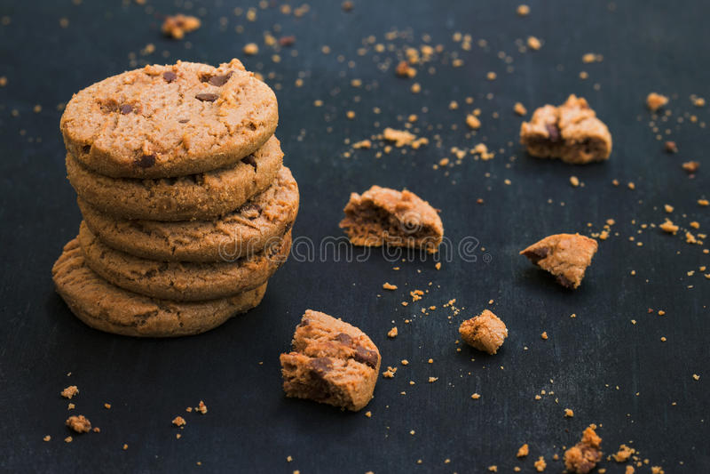 De Chocoladeschilfer Cookiese van het havermeel stock fotografie