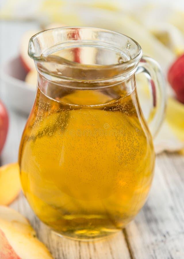 De Cider & x28 van Apple; selectieve nadruk, close-up shot& x29; stock foto