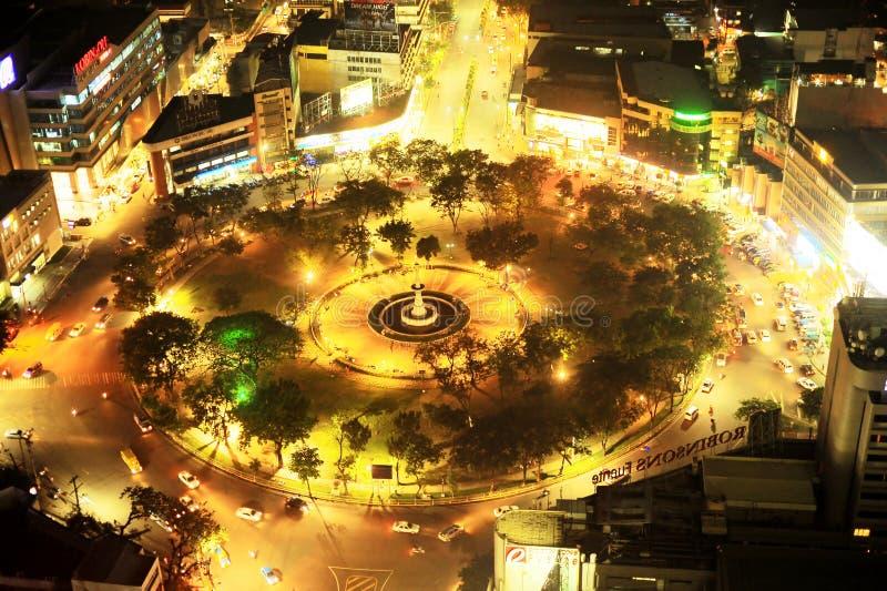 De Cirkel van Osmena van Fuente bij nacht royalty-vrije stock fotografie