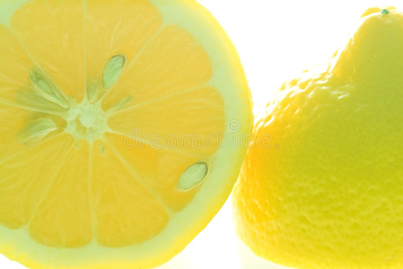 De citroen van de besnoeiing royalty-vrije stock foto's