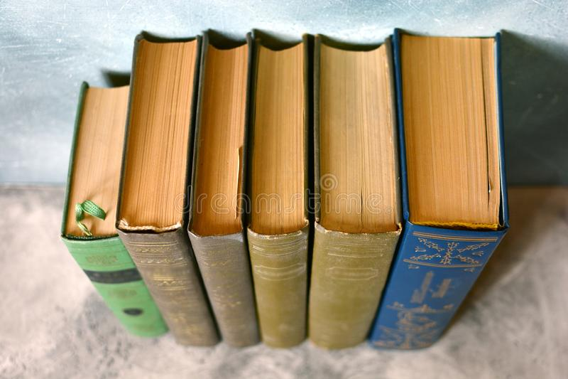 De close-up van boeken Klassieke literatuur stock foto's