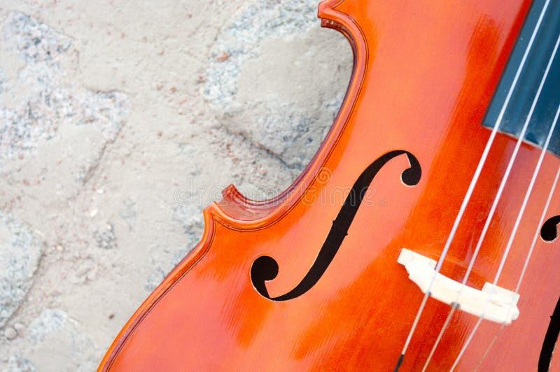De close-up van de cello op straatsteen royalty-vrije stock foto