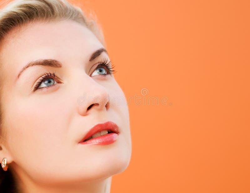De close-upportret van de vrouw royalty-vrije stock foto