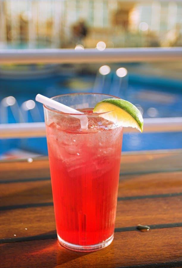 De cocktail van de cruise stock afbeeldingen
