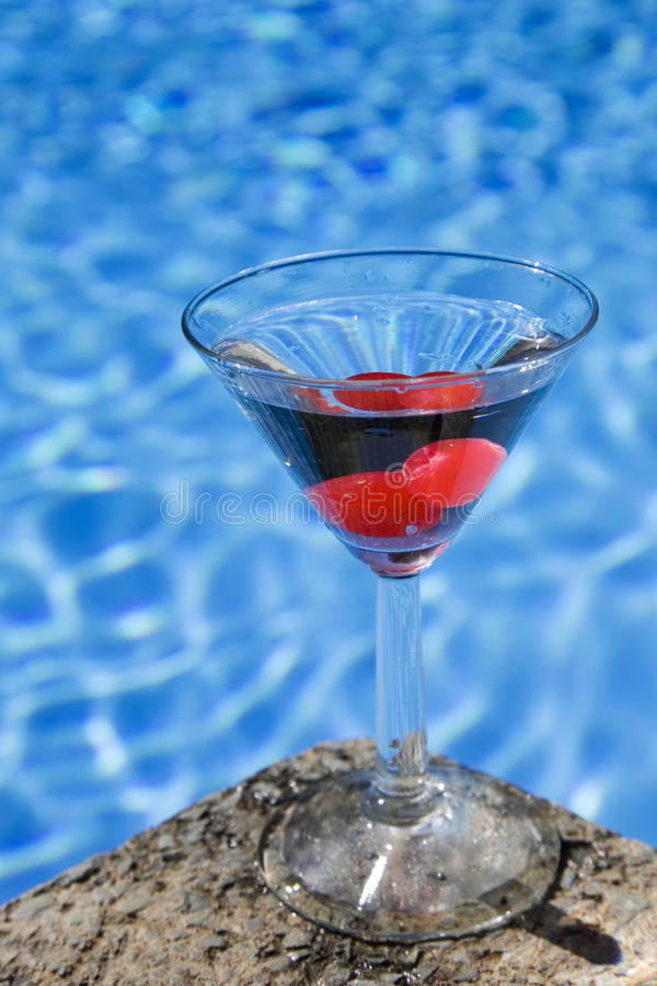 De Cocktail van Poolside stock afbeeldingen