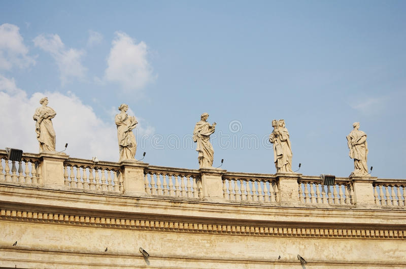De colonnade van Vatikaan Bernini in Rome stock foto