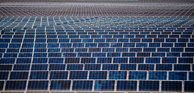 De Comités van de Zonne-energie royalty-vrije stock afbeeldingen