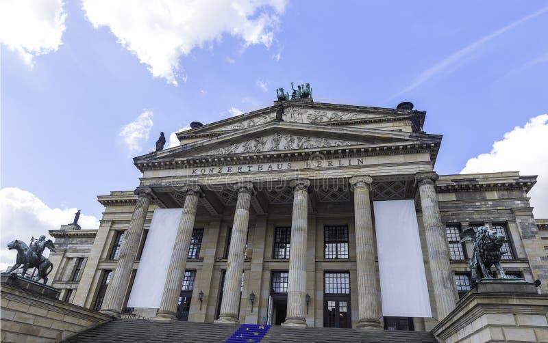 De concertzaal van Konzerthausberlijn op Gendarmenmarkt-vierkant in Berlin Germany September 2017 stock foto