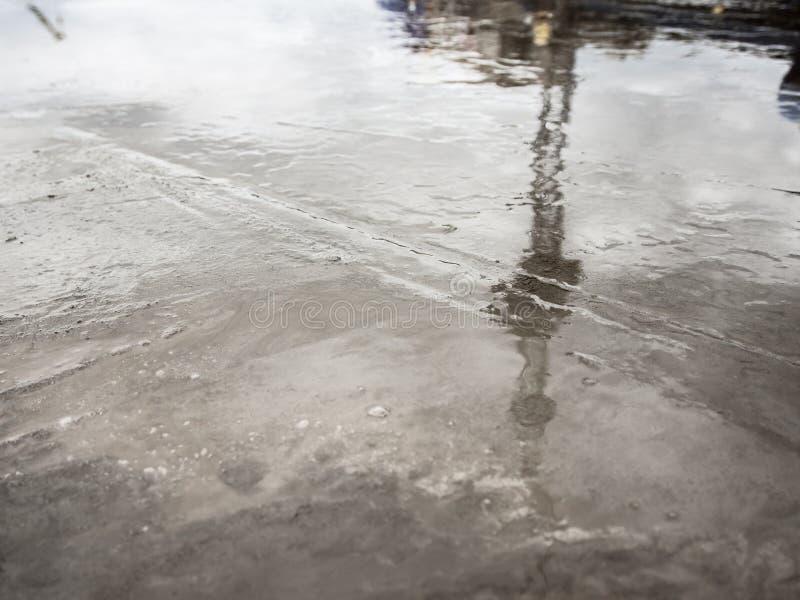 De concrete vloer is niet droog na het gieten royalty-vrije stock foto