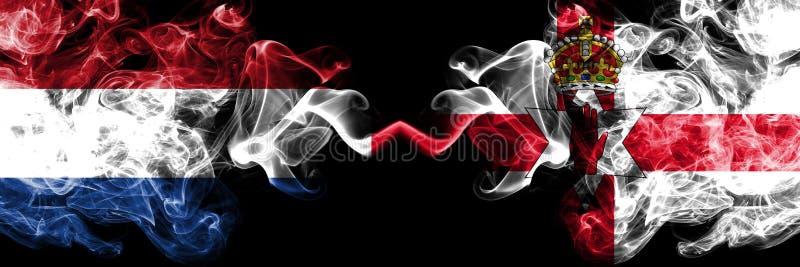 De concurrentie dik kleurrijke rokerige vlaggen van Nederland, Noord-Ierland De Europese spelen van voetbalkwalificaties royalty-vrije stock foto