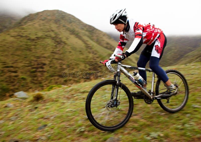 De concurrentie van het de fietsavontuur van de berg stock foto