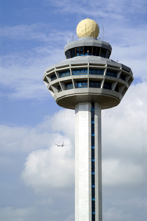 De controletoren van de luchthaven royalty-vrije stock afbeeldingen